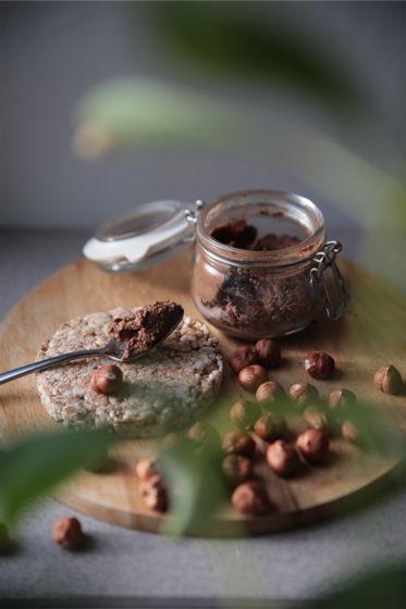 Полезная «Нутелла». Ореховая паста из фундука и шоколада. Веган.