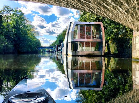 """Wohnen auf dem Wasser: Der neueste Trend heißt """"Floating House"""""""