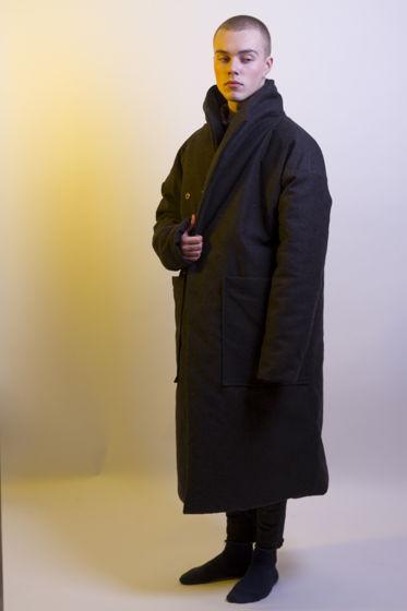 Пальто-шинель с большими карманами