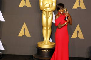 Rainbow Stories and Golden Statues — A History of Oscars & Bi Stories
