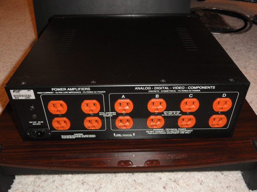 Furman IT-Reference balanced power conditioner