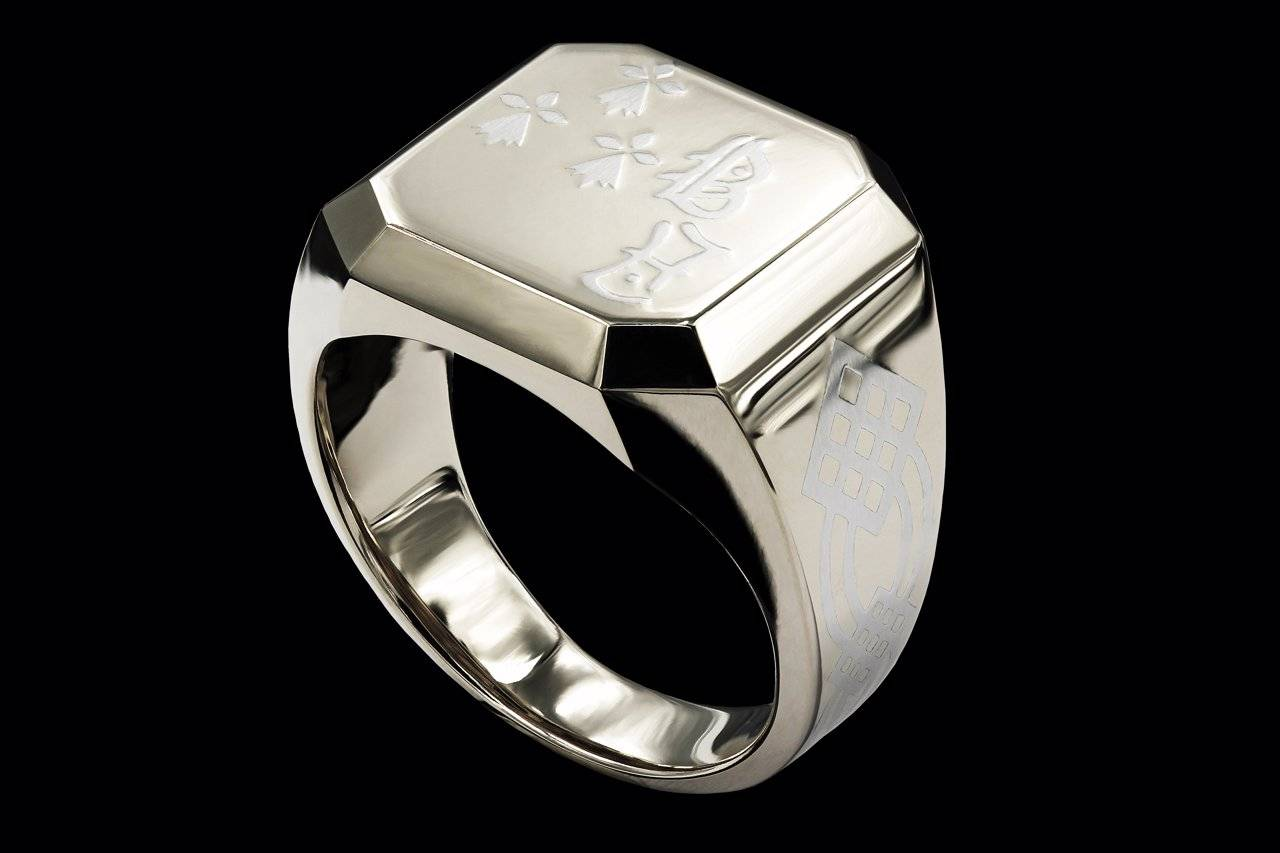 L`Hermione de Bretagne platinum ring yves lemay jewelry