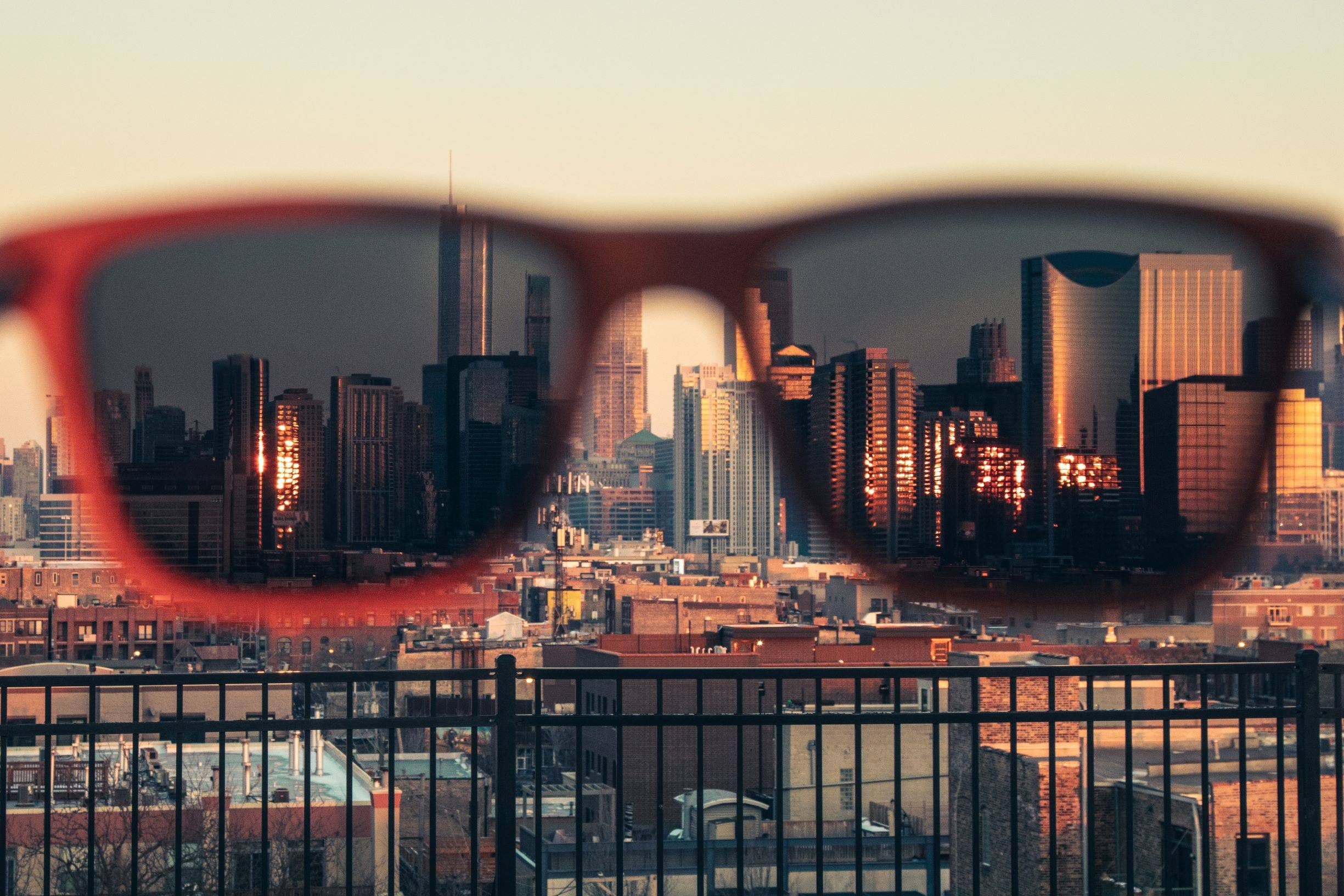 Joycoast Sunglasses with City View