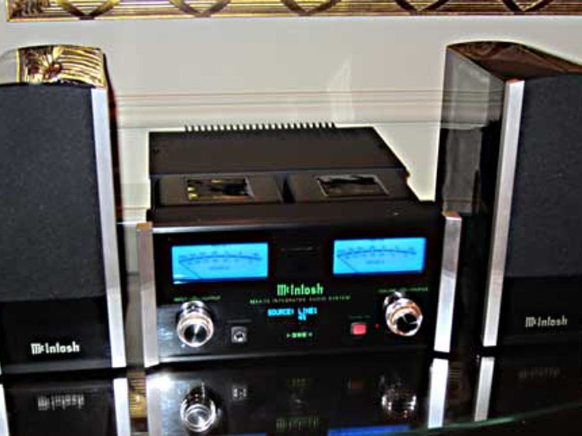 McIntosh MXA70 Integrated Audio System Demo unit like NEW condition
