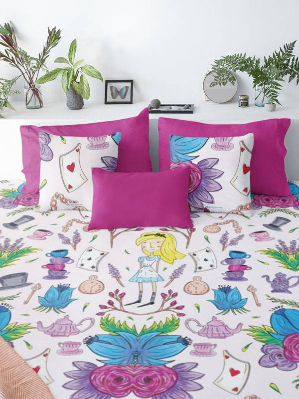 Zacchissimi Alice in Wonderland Duvet Cover