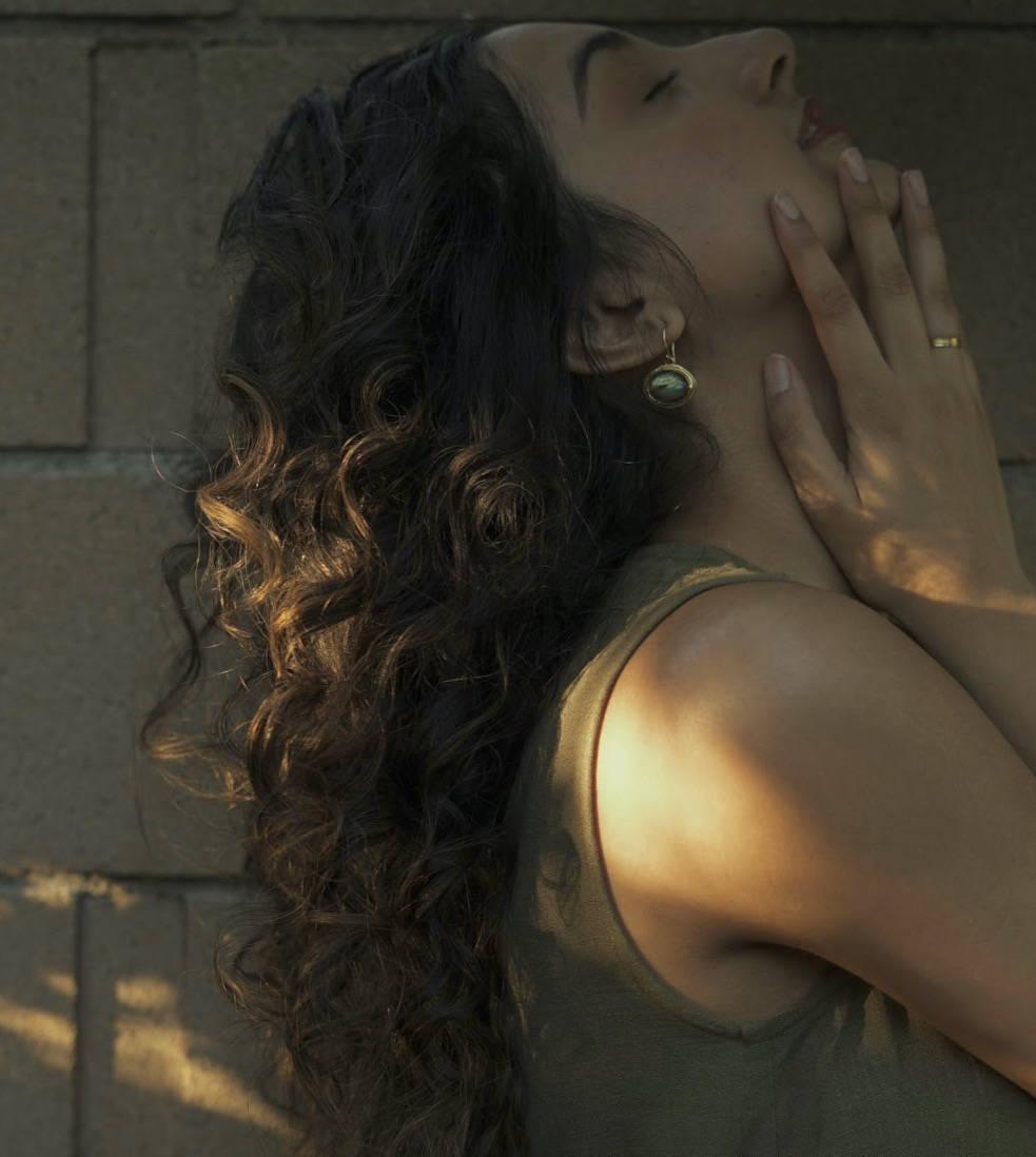 Aditi Mayer thick hair off duty look Davines