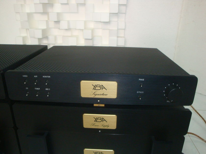 YBA Signature 4-chassis Line Stage Preamplifier - Free Shipping (230v@50/60Hz)