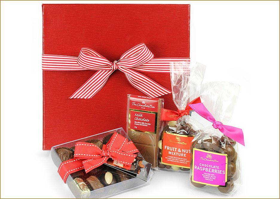 Beautifully presented hamper in a quality box