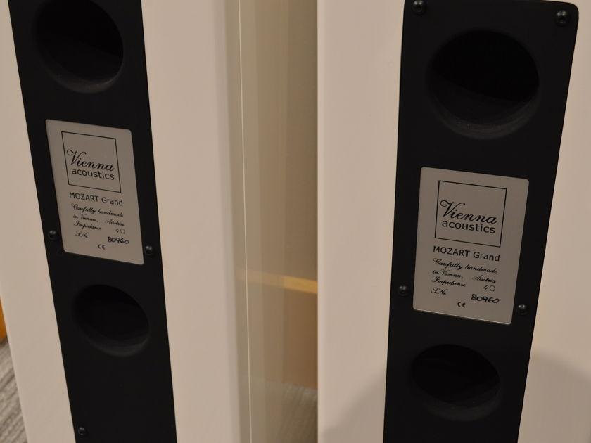 Vienna Acoustics MOZART Grand - Floorstanding Loudspeakers