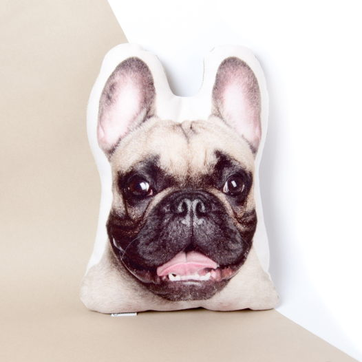Собака. Декоративная подушка Бульдог