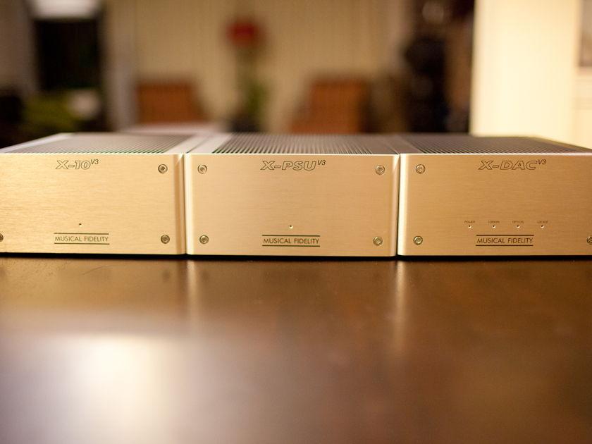 Musical Fidelity X-DAC v3 / X-10 v3 / X-PSU v3 triple Tube DAC with 2X Revelation Silver cables