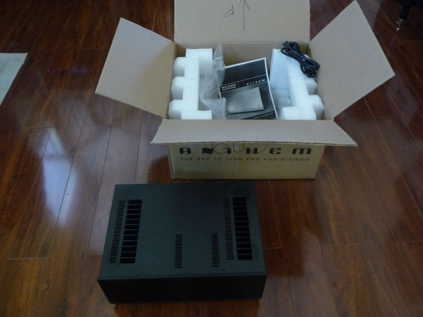 Anthem MCA-20 Power Amplifier - 225watts, 2ch, Class AB Like new