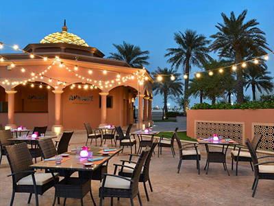 Cordless-Table-Lamps-Amwage-Restaurant-Doha