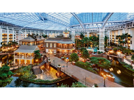 One Night Stay at the Beautiful Gaylord Opryland Nashville
