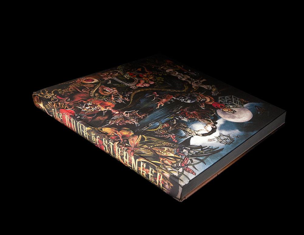 Stranger_HolidayBook_Spine&back_F.jpg