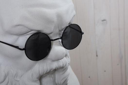 Круглые черны очки