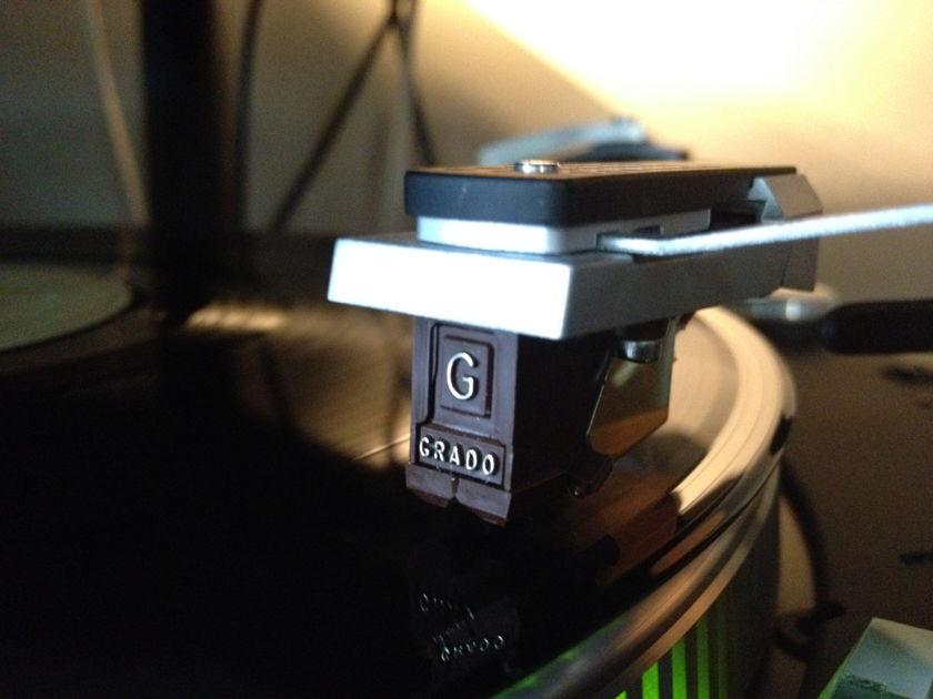 Dual 731Q Fabled Quartz Direct Drive Turntable