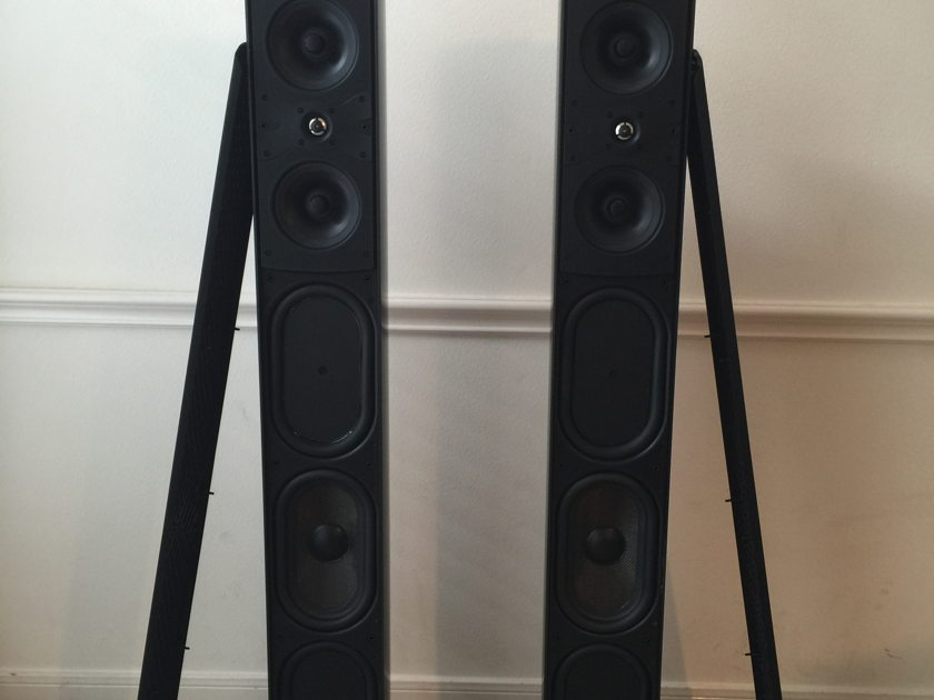 Definitive Technology Mythos ST Pair in very good condition