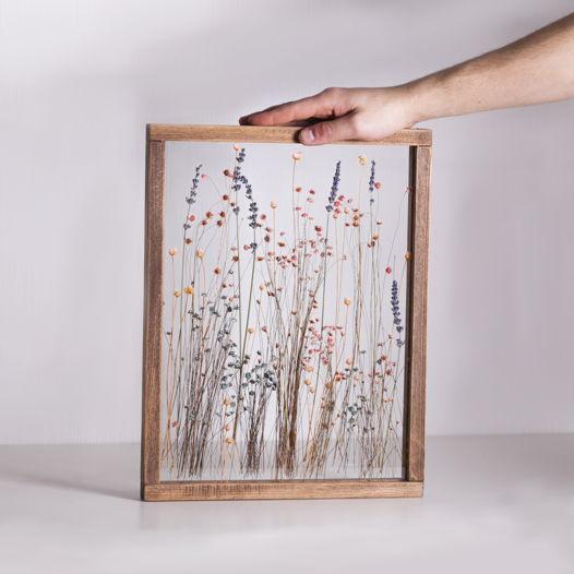 Настенный гербариум в деревянной раме  Ruzan Furanni