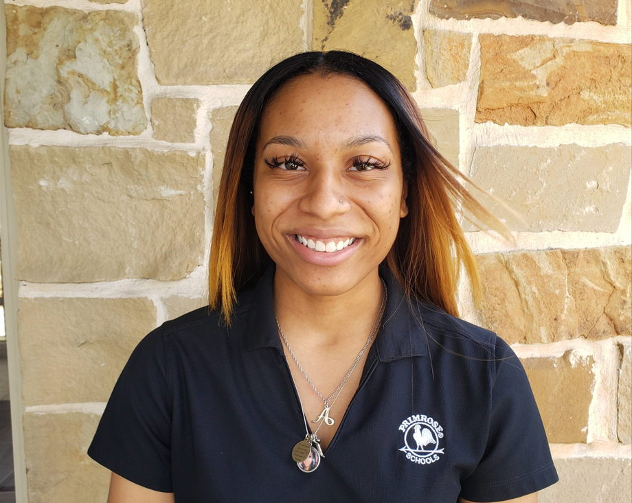Ariana Barnes , Assistant Teacher