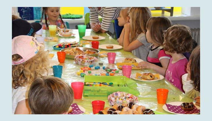 colour kids creative events voller geburtstagstisch