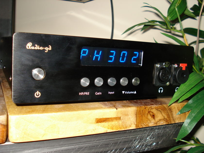 Audio-gd NFB-6 + NFB-1 Sabre DAC Balanced HP/Preamp and DAC