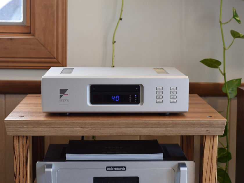 Ayre Acoustics AX-7e Integrated Amplifier