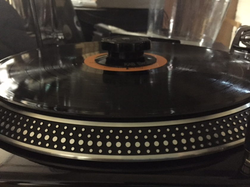 Audio Technica AT-LP240 USB Turntable with AT-150MLX cartridge