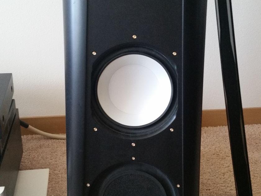 Thiel Audio CS-2.4 Full range speakers - black w/outriggers
