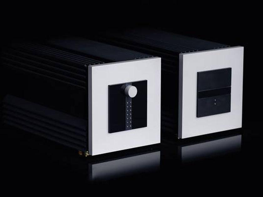 Dynaudio Arbiter preamp, RARE save $90K, full warranty,trades