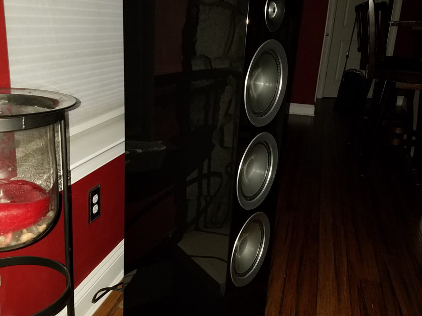 Paradigm Prestige 95F Piano Black 4 month old w/Warranty ! Beautiful Speaker, Sight & Sound!