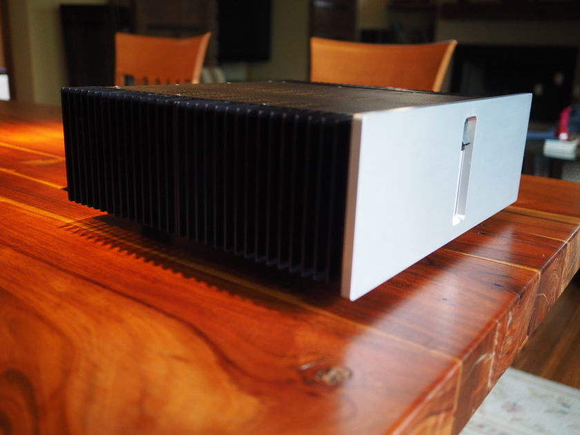 GamuT Audio D200 MkIII Stereo Amplifier - price reduced