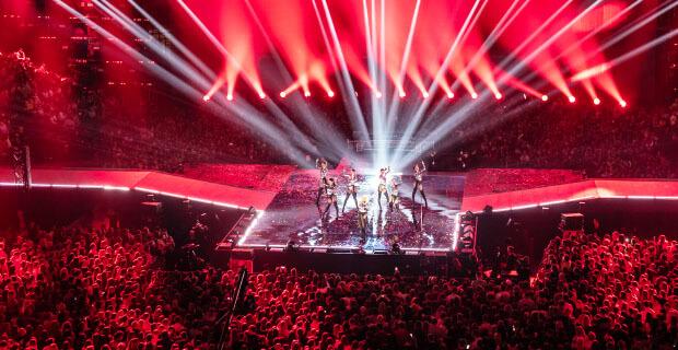 Эксклюзивная премьера Love Radio! Видеоверсия Big Love Show 2020 - Новости радио OnAir.ru