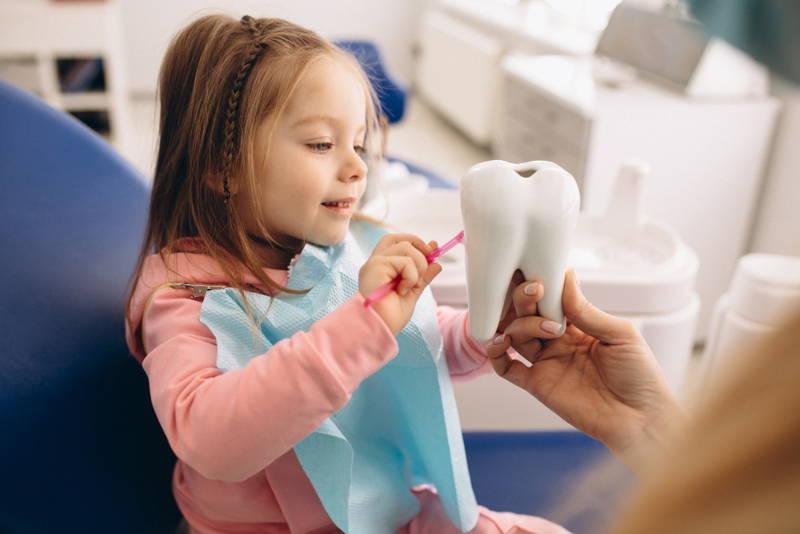 Gyerek a fogorvosnál