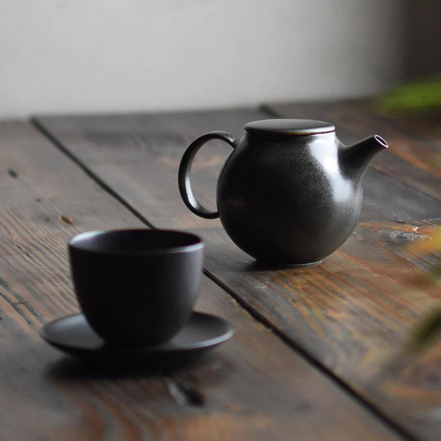Small Black Pebble Teapot