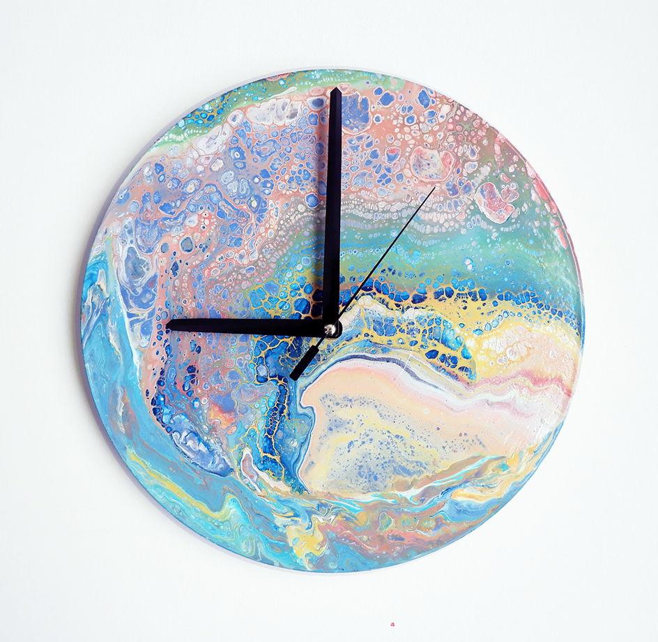"Часы на стену ""Рlanet of happiness"""