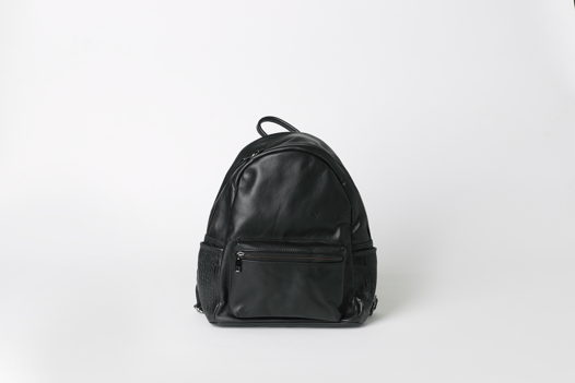 Черный кожаный рюкзак на подкладке - LACERTA - real leather backpack. В наличии в Москве