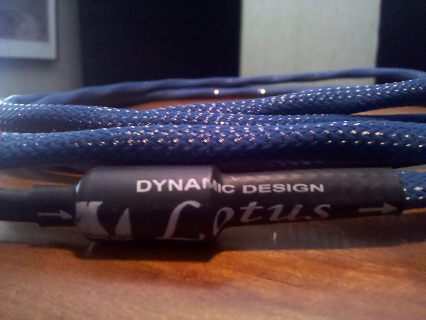 Dynamic Designs New Generation Lotus 8ft Speaker Cables > MINT!