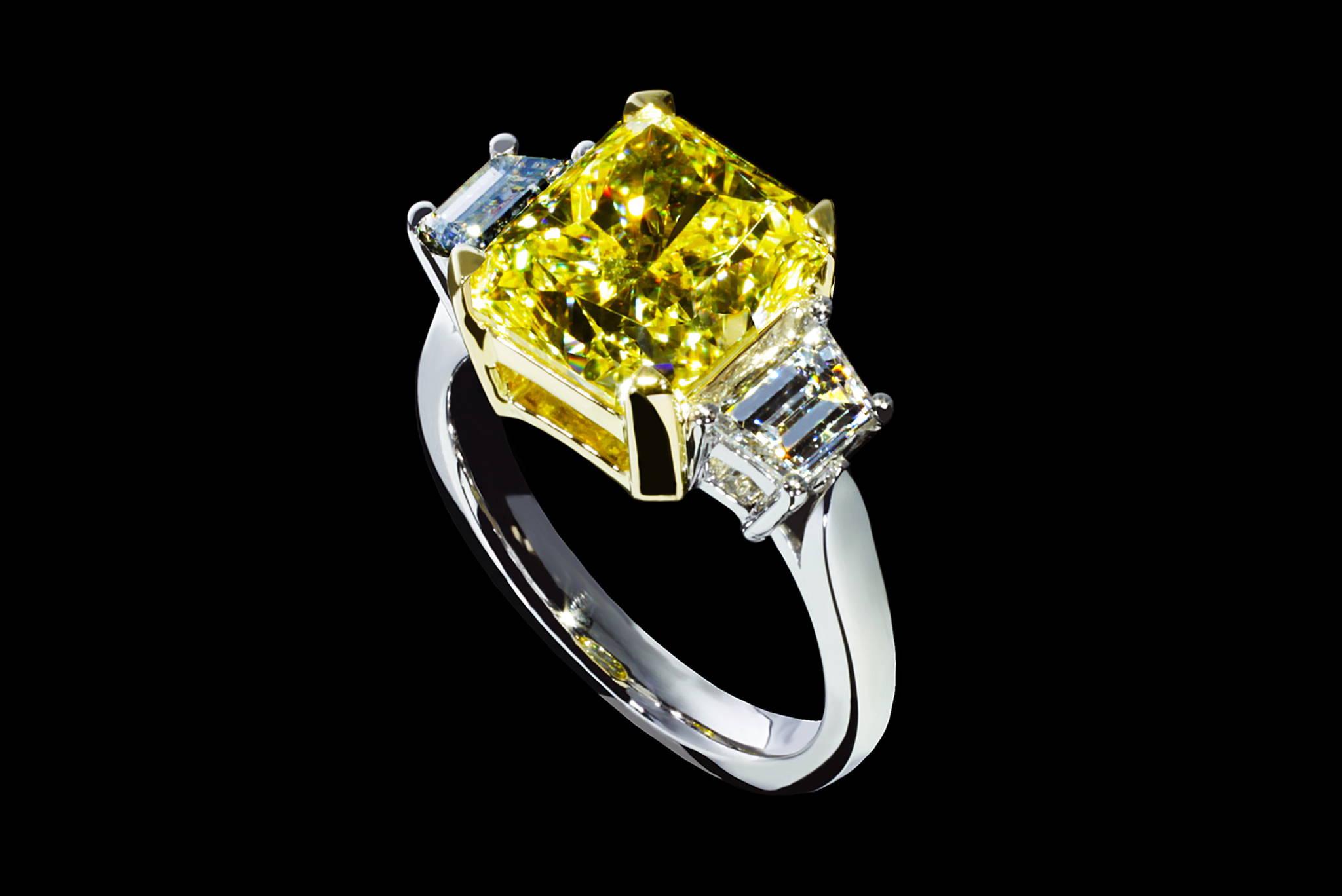 Vivid Yellow Diamond Ring 45 degrees view