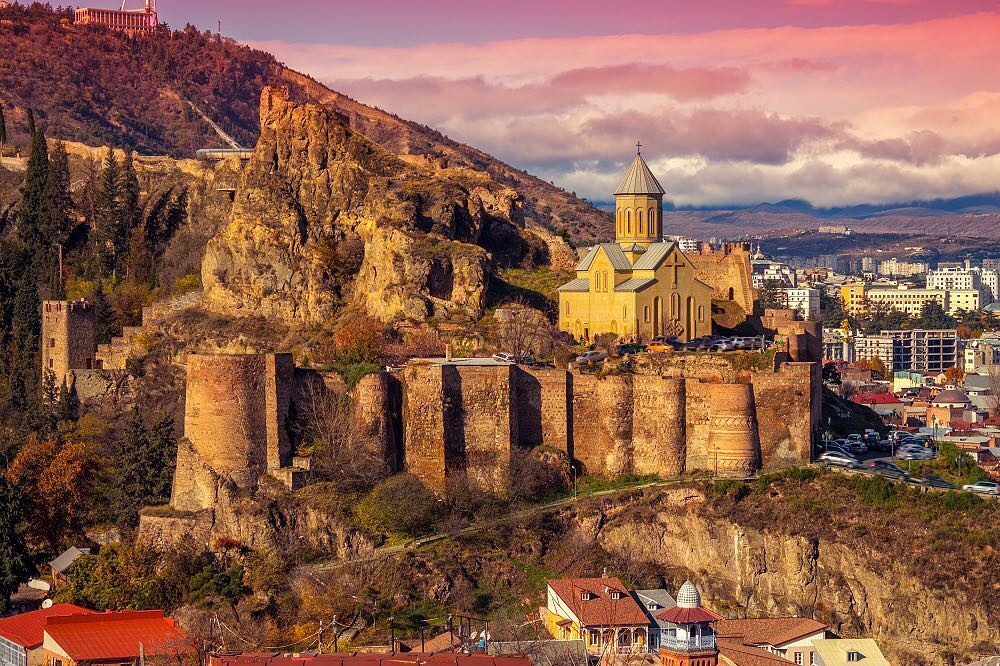 что посмотреть втбилисиза 3 дня: крепость нарикала