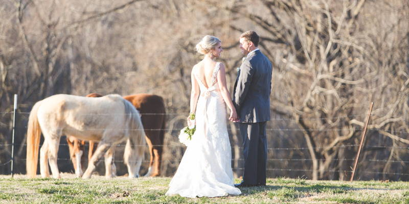 One date leads to stunning rustic wedding