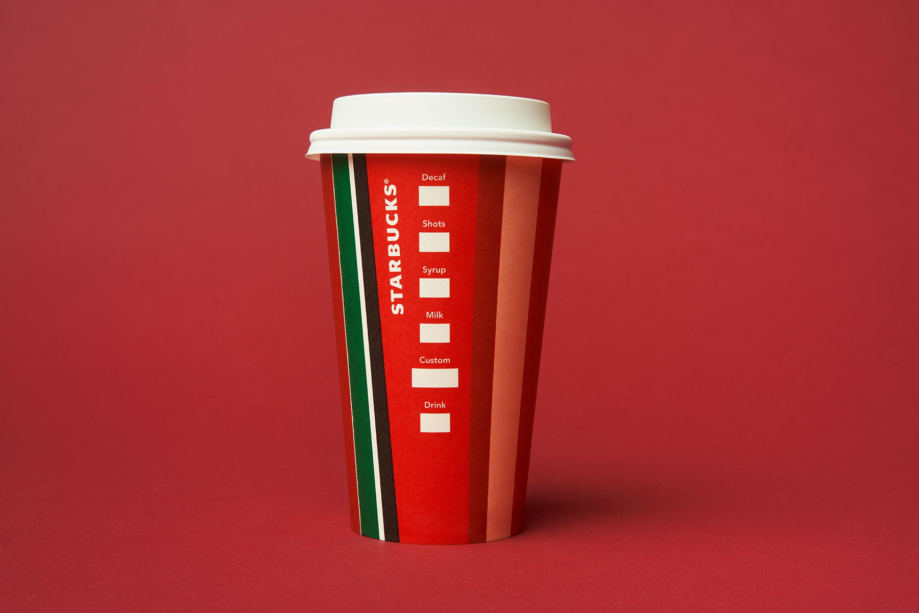 The_Dieline_Starbucks_Holiday-JStrutz-103118-0556_1.jpg