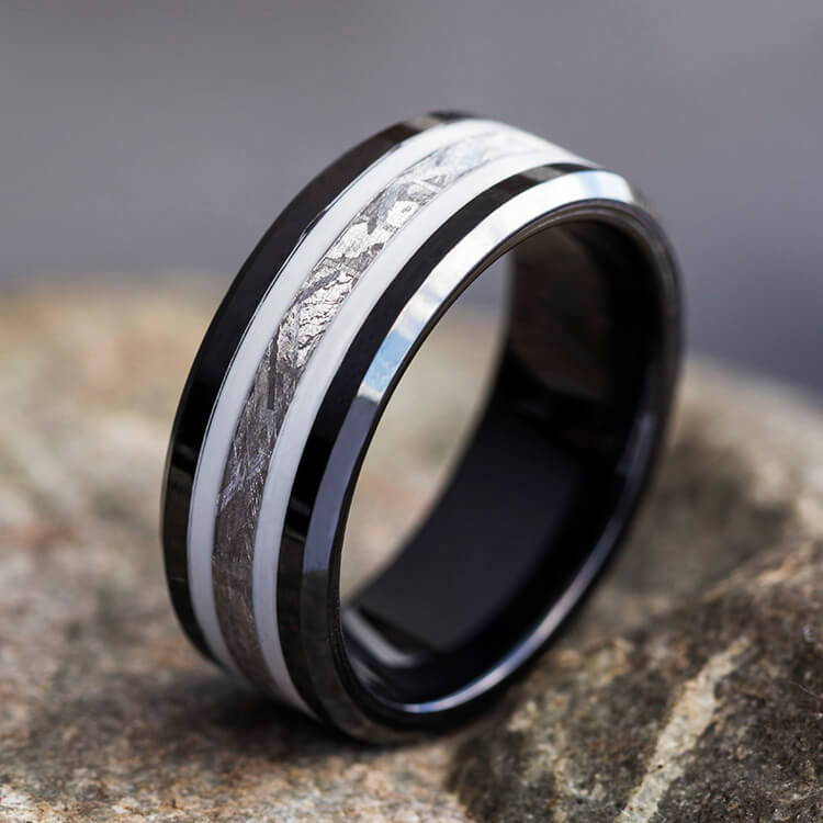 Black Ring with Meteorite