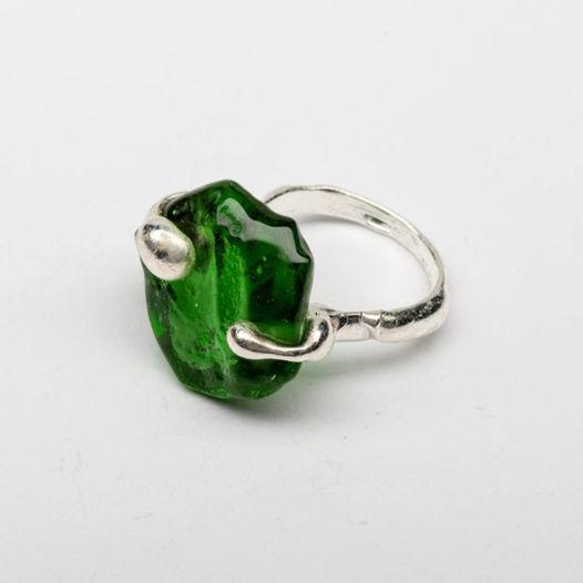 Кольцо из зеленого стекла Водоросль