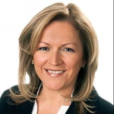 Christine Giguère  Real estate agent RE/MAX Platine