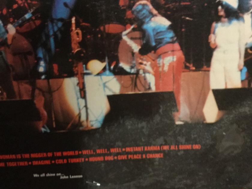 JOHN LENNON - LIVE IN NEW YORK CITY SHRINK STILL ON COVER