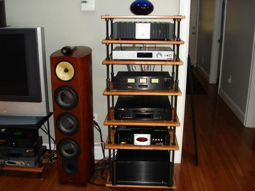 B&W 803D Great full range speaker