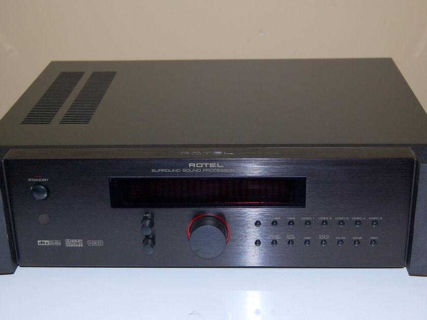 Rotel RSP1068 DTS/Dolby Digital EX pre-processor