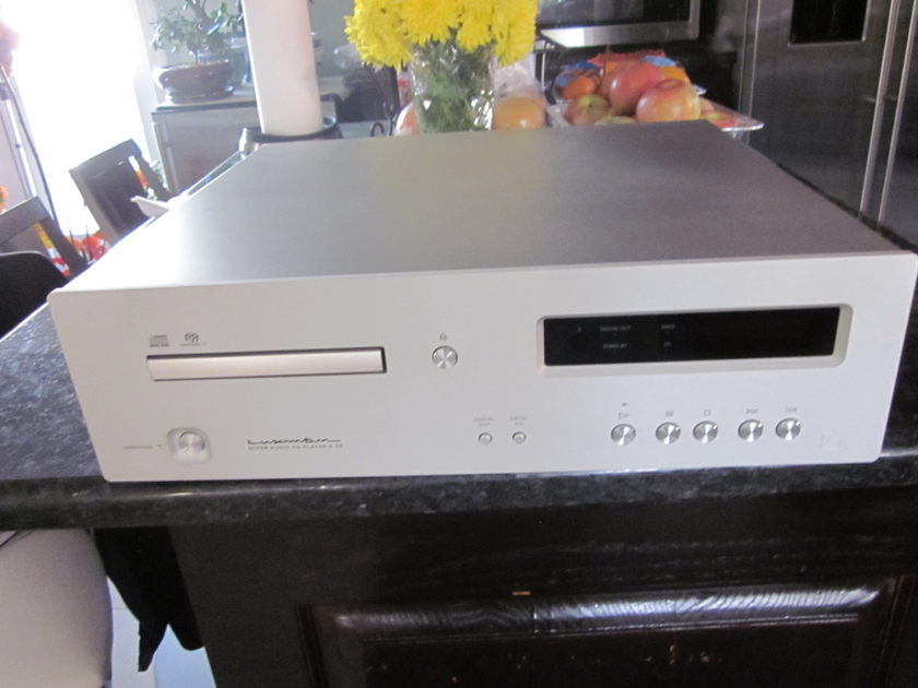 Luxman  D05 CD-SACD Player  Excellent With Digital Input