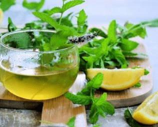 thé a la menthe poivrée